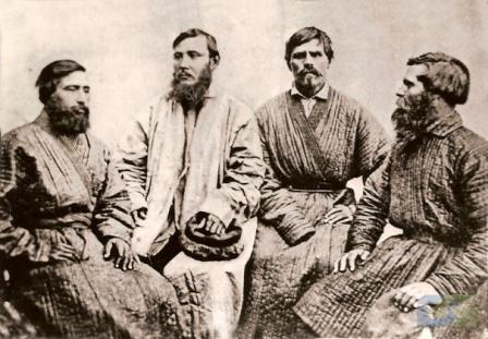 Мужской костюм уральских казаков
